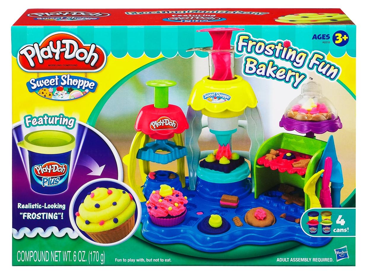 Игровой набор с пластилином Hasbro Фабрика пирожных игровой набор с пластилином play doh a0318 фабрика пирожных