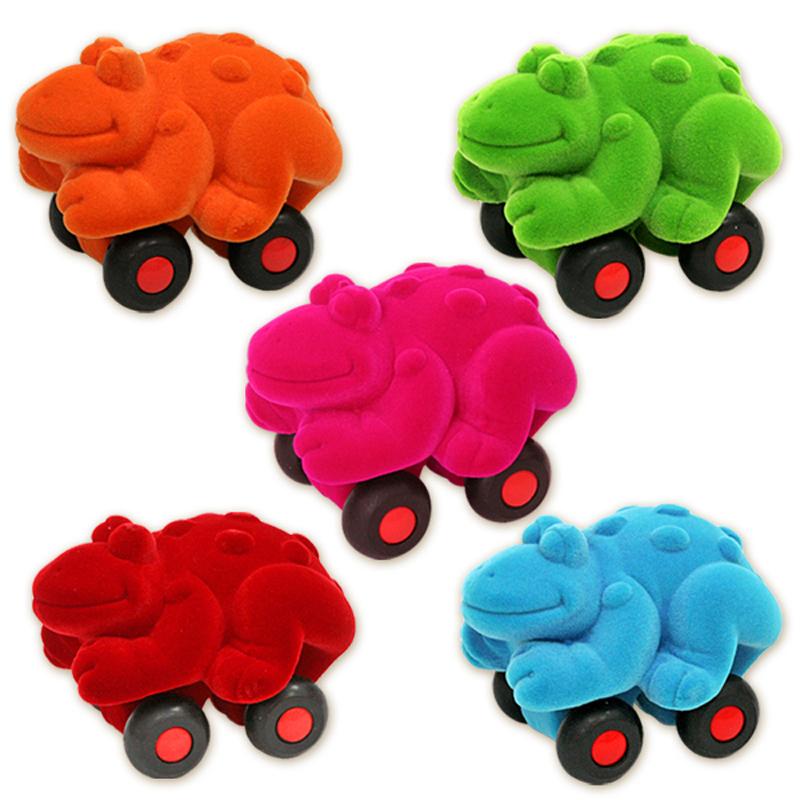 Развивающие игрушки Rubbabu Лягушка машины rubbabu скутер из натурального каучука с флоковым покрытием 21 см