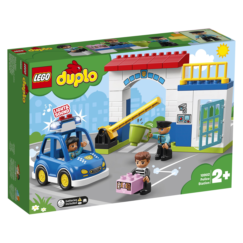 Конструктор LEGO Town 10902 Полицейский участок конструктор lego city police 60174 полицейский участок в горах